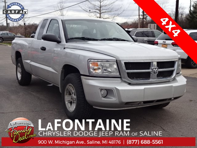 Pre-Owned 2011 Dodge Dakota ST