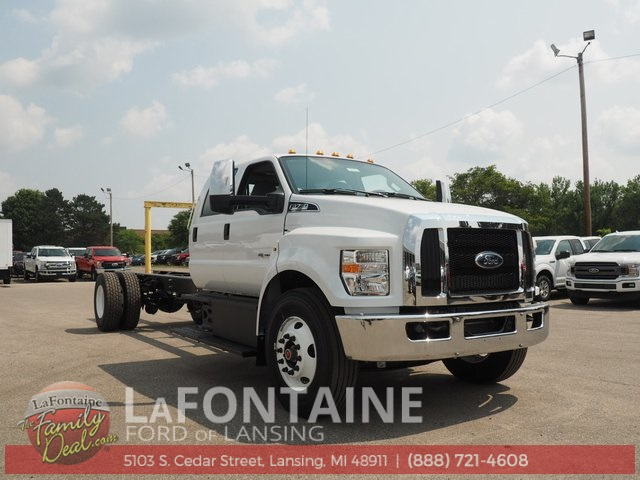 New 2019 Ford F-750SD XL