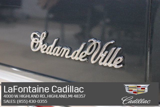Pre-Owned 1992 Cadillac DeVille Base