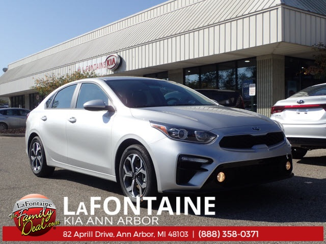 New 2019 Kia Forte LX FWD 4D Sedan