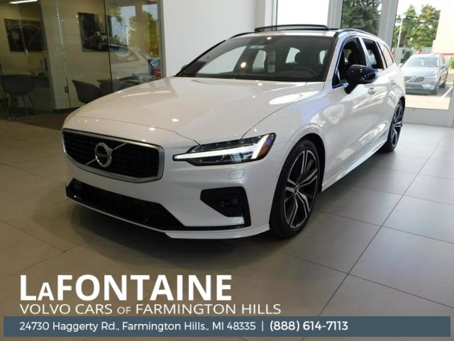 New 2019 Volvo V60 T6 R-Design AWD