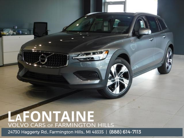 New 2020 Volvo V60 Cross Country T5 With Navigation Awd